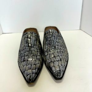 Donald J Pliner silver and black mules leather